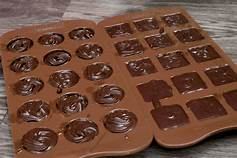 Chocolate Recipes: Easy Milk Chocolate